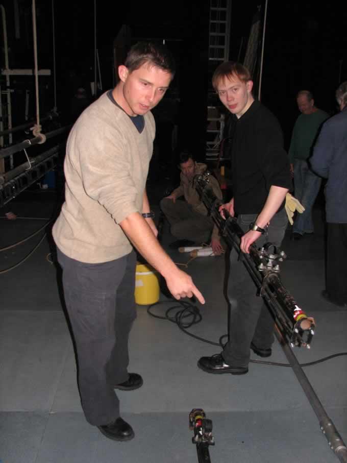 backstage_07
