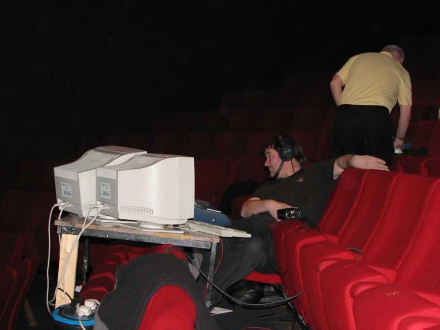 backstage_08